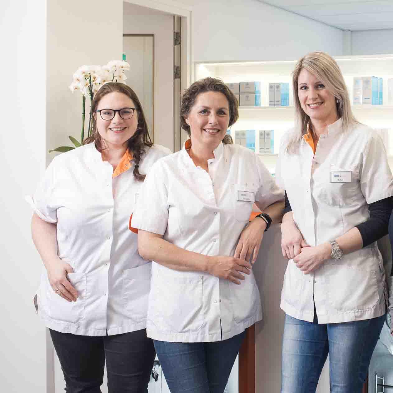 Gediplomeerde huidtherapeuten Maartje, Mareille en Anke
